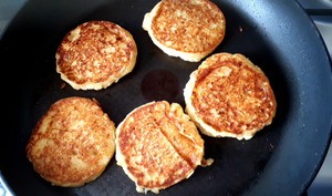 Pancake banane, maïs, huile de coco