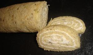 Roulé salé au pesto, St-Morêt et basilic