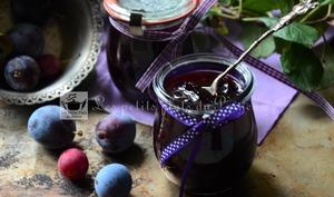 Confiture de prunes du jardin