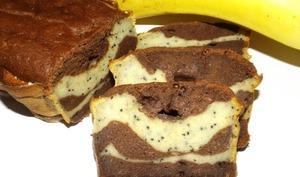 Cake marbré banane, chocolat et spiruline