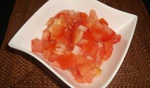 Tomates au citron vert et au combava façon rougail