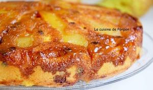 Gâteau aux poires parfumées à la liqueur de poires Williams et caramélisées