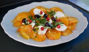 Tomate ananas, mozzarella et groseilles