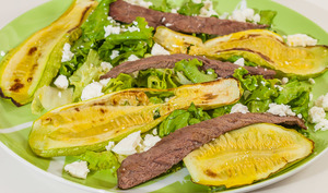 Salade de boeuf aux courgettes et à la fêta