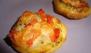 Tartelette feuilletée apéritive au pesto