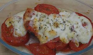 Escalopes de dinde et tomates gratinées à la mozzarella