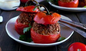 Tomates farcies aux pois chiches