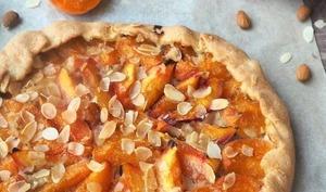 Tarte rustique aux abricots et nectarines