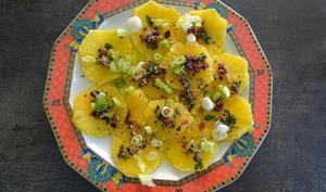 Salade sicilienne d'oranges aux câpres, anchois et olives