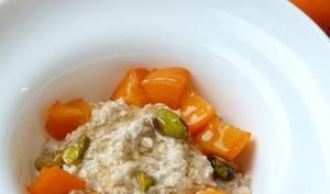 Porridge relaxant, fleur d'oranger, miel et abricots
