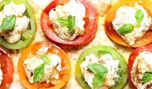 Salade tomates mozzarella façon caprese