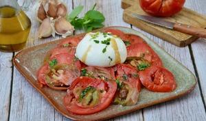 Salade de tomates à la burrata