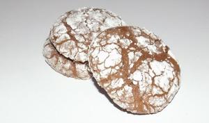 Biscuits craquelés au chocolat et au caramel au beurre salé