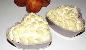 Gratin de pommes et à la confiture de lait meringué