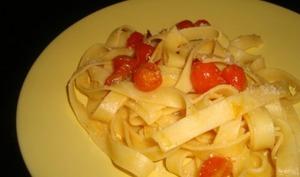 Pâtes aux tomates cerises et au basilic
