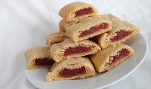 Biscuits fourrés à la fraise