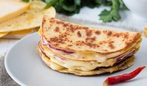 Quesadillas fromage et oignon