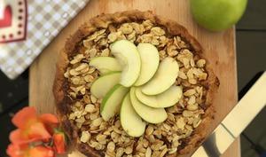 Tarte aux pommes et son croustillant aux amandes caramélisées