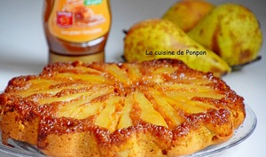 Gâteau renversé aux poires caramélisées et parfumé aux épices