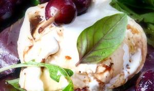 Burrata aux raisins grillés d'Ottolenghi