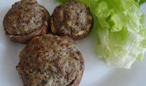 Champignons farcis au veau et St-Môret