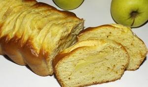 Cake aux pommes et au caramel au beurre salé