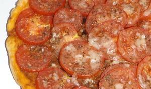 Tarte aux tomates et au pesto aux aubergines grillées