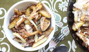 Pommes de terre et champignons des bois à la russe