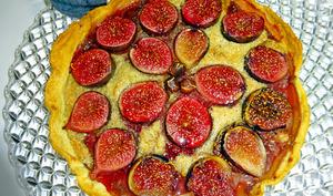 Tarte aux figues et à la crème noisette - Passiflore, Passion d'Héllyane