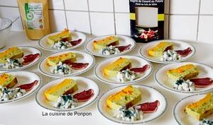 Terrine de légumes carottes et brocoli avec tzatziki et magret de canard au poivre fumé