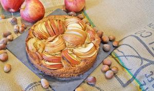 Tarte aux pommes et noisettes