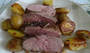 Filet de canard aux pommes de terre au four