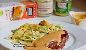 Steak sauce au poivre Potier accompagné de pâtes sauce artichaut