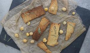Houmous crackers au romarin