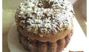 Gâteau à la purée de potiron et aux noix