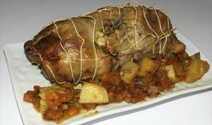 Rôti de dinde aux patates douces et aux pommes de terre au thym