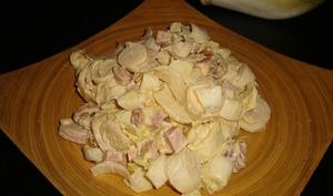 Salade d'endives au cervelas et aux noix