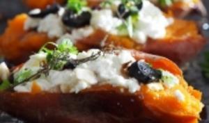 Patates douces rôties, ail noir, chèvre frais
