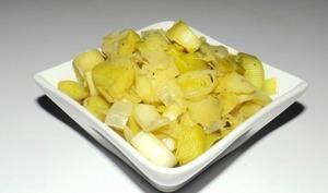 Fondue de poireaux à la moutarde à l'ancienne, au vinaigre balsamique et au miel