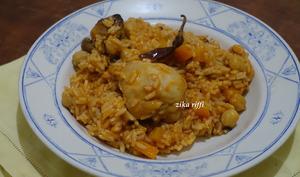 Riz traditionnel algérien au poulet