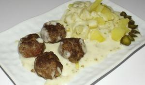 Boulettes de bœuf à la sauce aux cornichons
