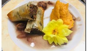 Croustillants d'effiloché de canard au foie gras et sa purée de patates douce au maïs