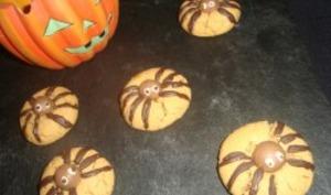 Cookies araignées au beurre de cacahuètes d'Halloween