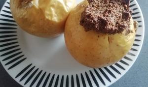 Pommes au four au cœur d'amande, de noix ou de noisettes
