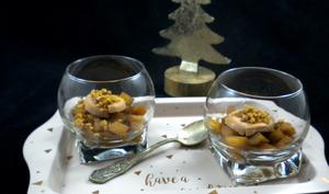 Verrine de foie gras aux pommes caramélisées et aux spéculoos