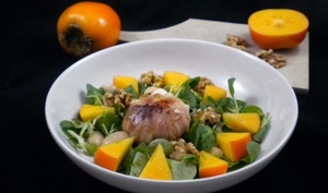 Salade d'automne au fromage de chèvre et kaki