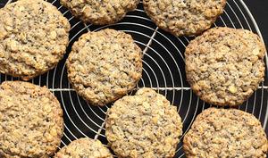 Cookies à l'avoine et au sésame noir