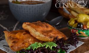 bricks au poulet au curry