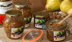 Confiture de poires, figues et pignons