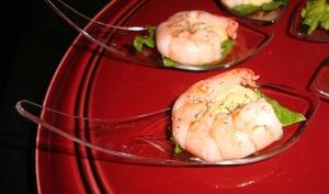Cuillère apéritive à la crevette et sa sauce cocktail
